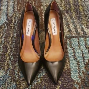 Steve Madden Proto Black Leather Pointed Pumps 8